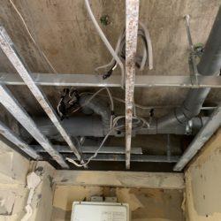 南区京橋町ビル内装修繕工事~4階からの水漏れが原因~